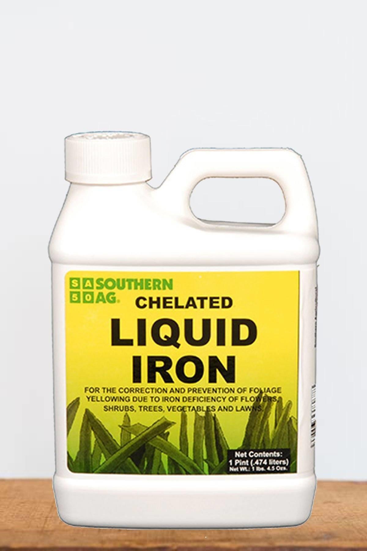 Southern Ag Chelated Liquid Iron (Deficiency: Flower, Vegetable, Shrub, Tree, Lawn), 16 oz