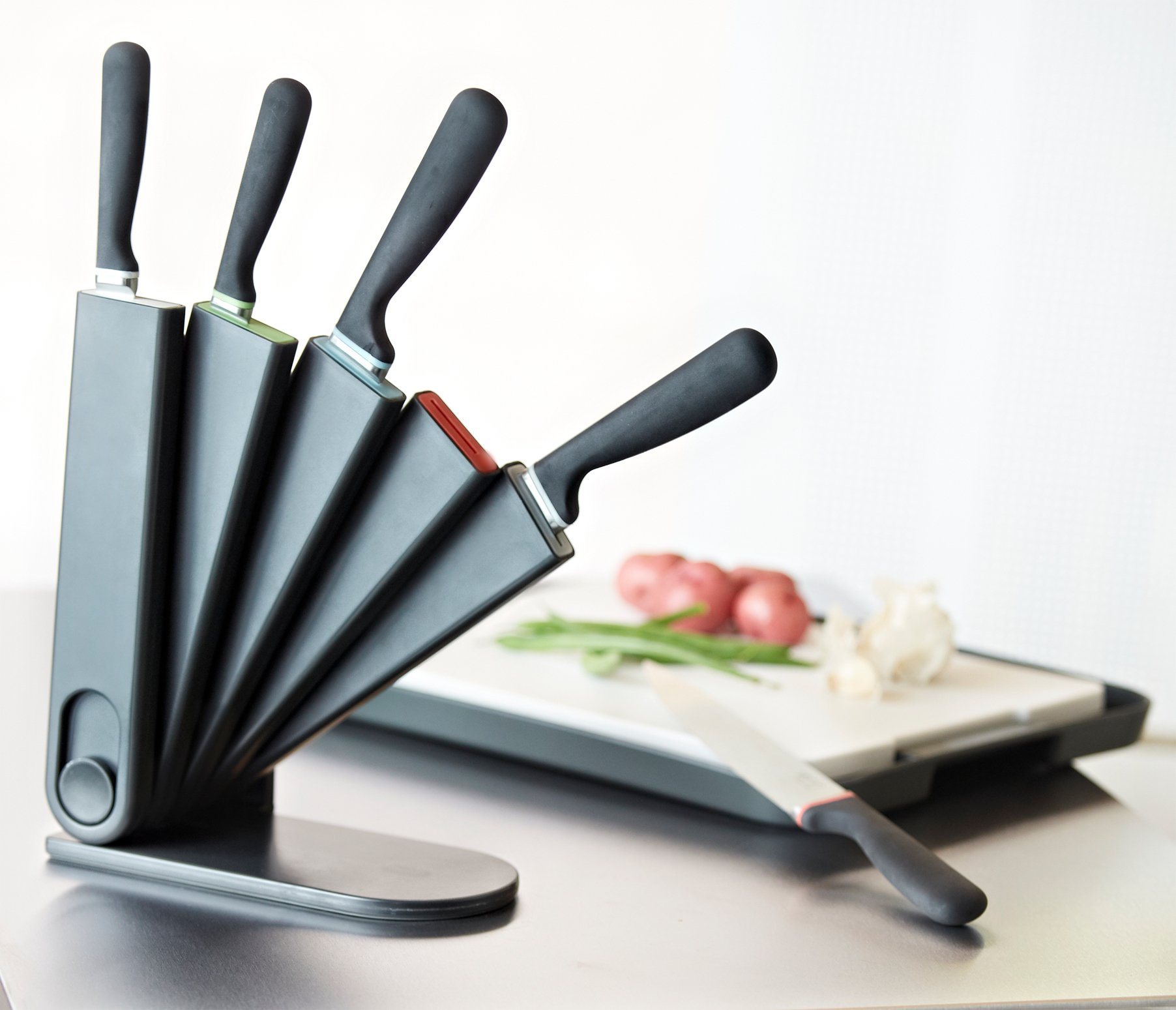 Venn Kitchen 3-Way Storage Knife Block Set with 5 Knives Included