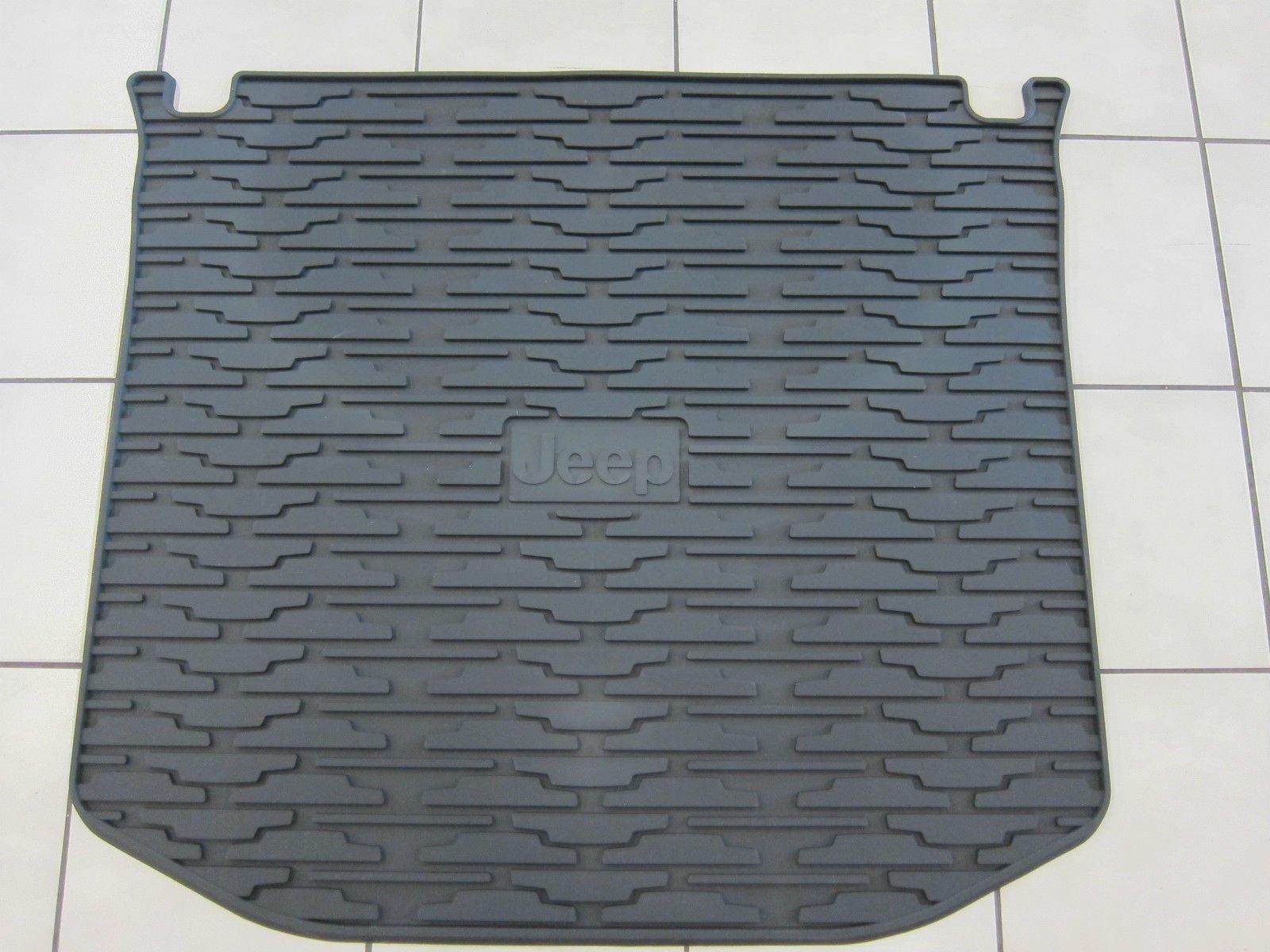 Jeep Grand Cherokee Rubber Slush Floor Mats & Cargo Tray Liner Set Mopar by Mopar (Image #5)