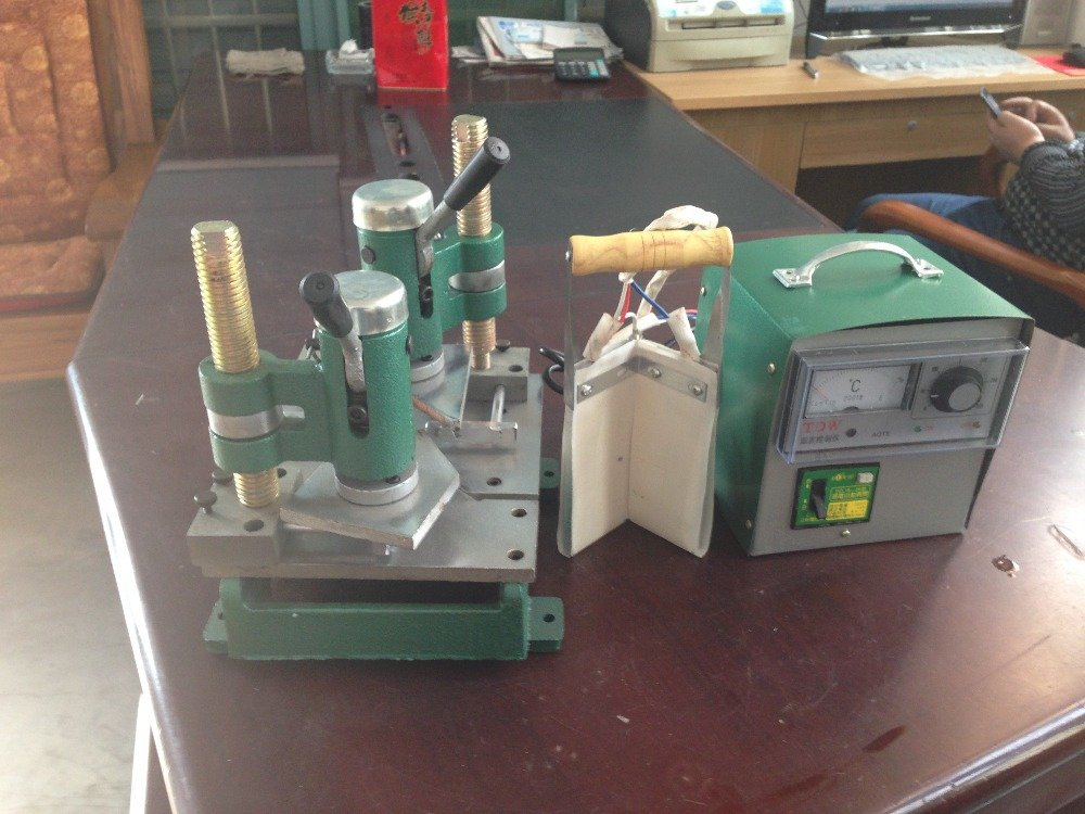 Small Size Mullion Welding door and window machinery Portable PVC ...