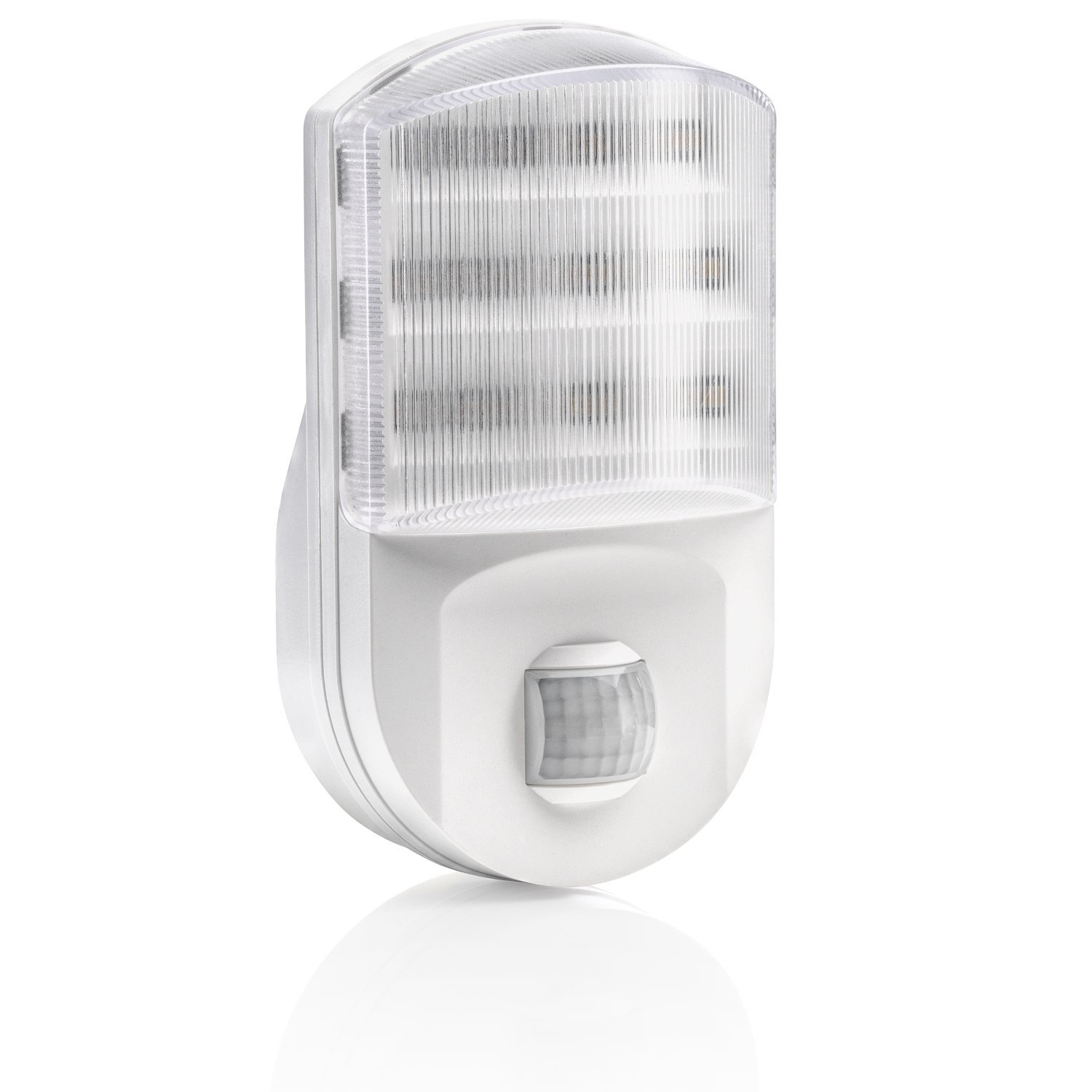 Auraglow Super Bright Plug In PIR Motion Sensor Hallway Living Aid Safety LED Night Light [Energy Class A+]