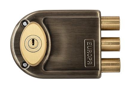 door lock and key. europa dimple key main door lock 8123 ab and