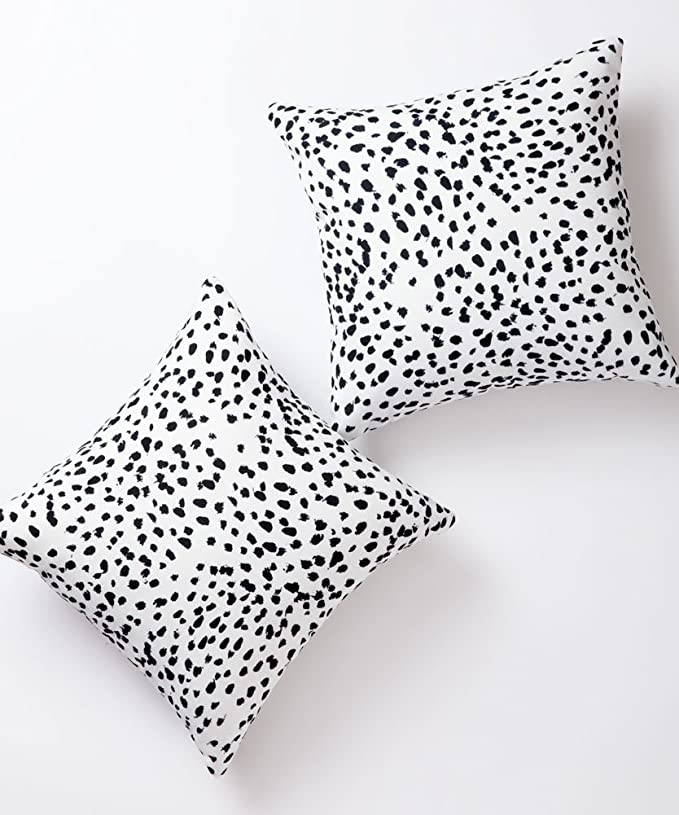 Pantaknot Dalmatian Spots Decorative Throw Pillow Covers Set Of 2 Cheetah Pillowcase Cushion Home Décor 18 X 18 Inch Home Kitchen Amazon Com