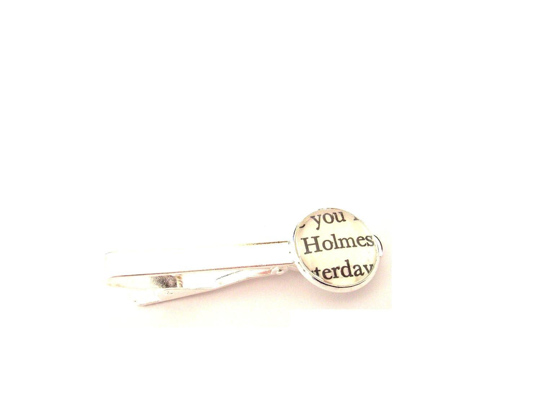 English Gems Holmes Extrait de livre pince à cravate avec Verre Cabochon Dome en boîte-cadeau TC-HO-2013010