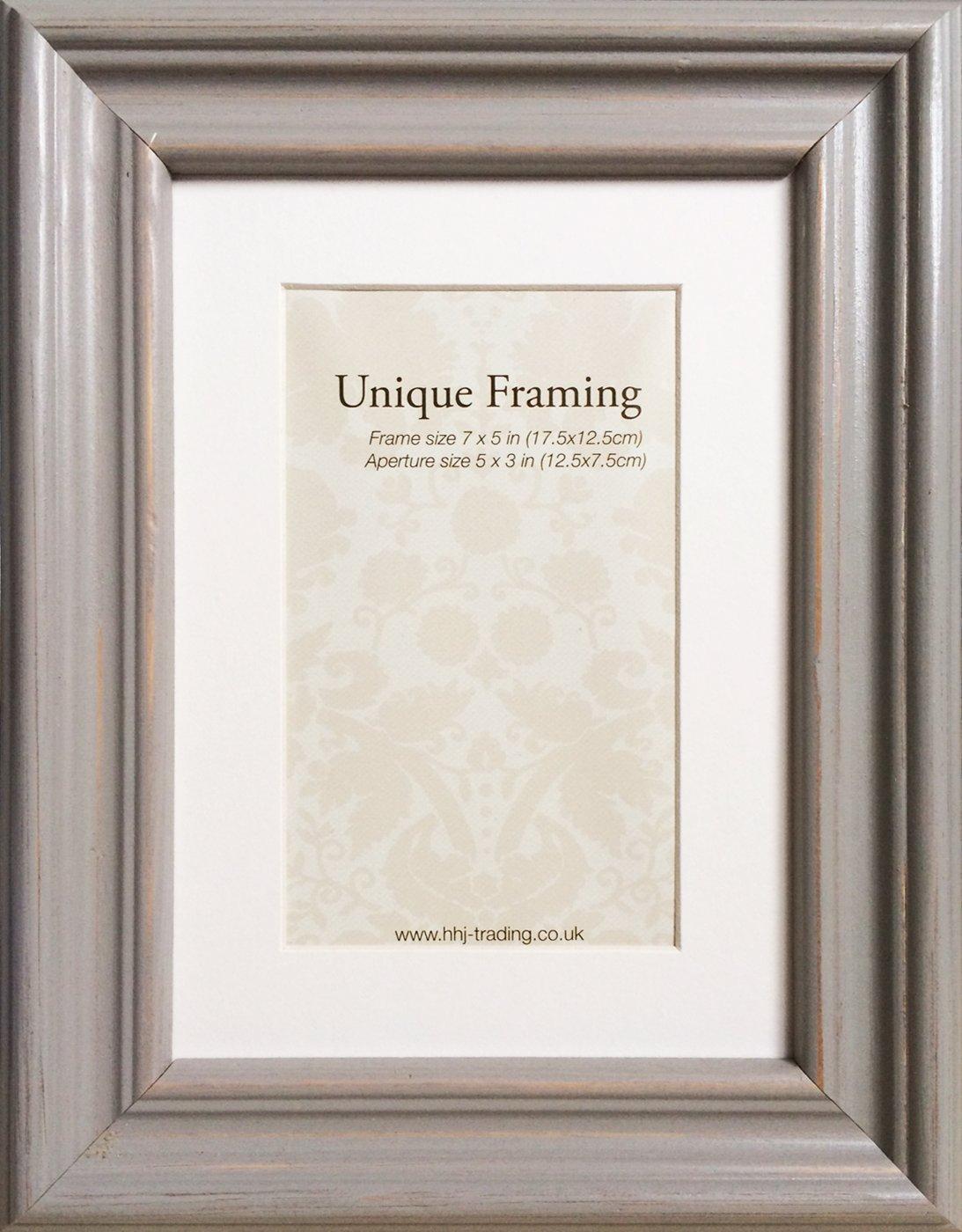 7x5 shabby chic q pastel grey wooden photo frame with mount 7x5 shabby chic  q pastel