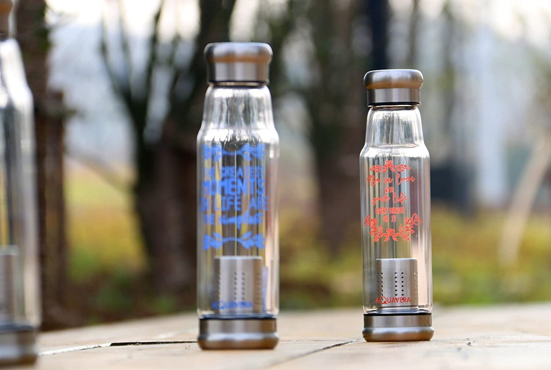Pareti Con Bottiglie Di Vetro : Aquavera bottiglia vetro con scritte motivazionali per infusi e