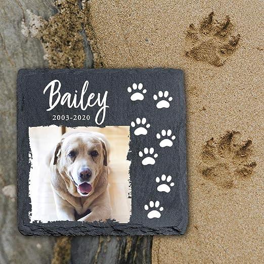 YPH Your - Placa conmemorativa personalizada para mascotas, gatos y perros, marco de piedra de pizarra, tamaño 100 x 100 mm: Amazon.es: Productos para mascotas