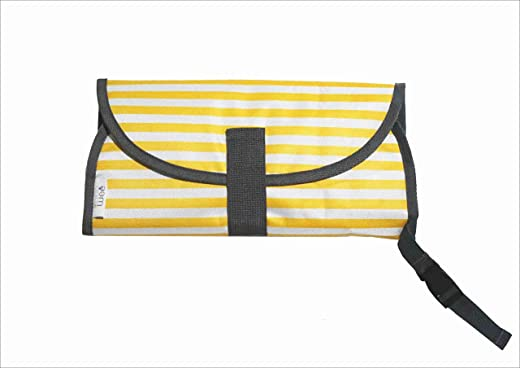 Nee & Wee Easy Change 3-in-1 Diaper Changing Clutch pad