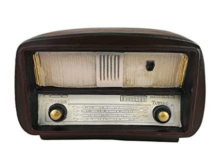 Alfred Eisenstaedt Photographer - All About Photo Old fashioned radio images