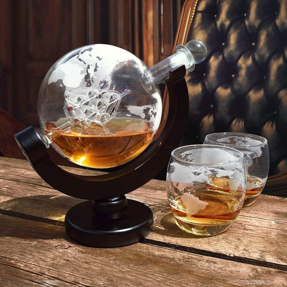Geschenke-zum-Ruhestand-Abschied-Kollege-Dekanter-Whiskey