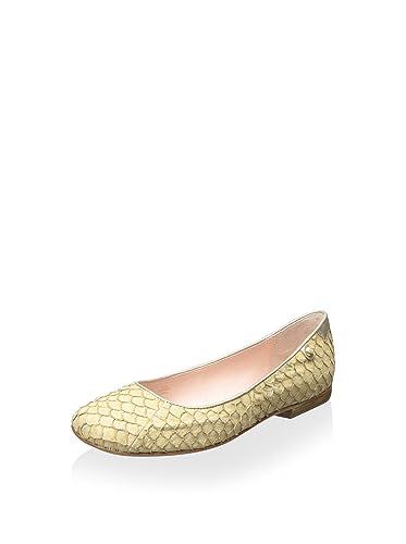 dfdff9b861b Amazon.com  Taryn Rose Women s Bud Ballet Flat  Shoes