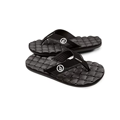 5727e0b38859 Amazon.com  Volcom Men s Recliner Sandal Flip Flop  Shoes