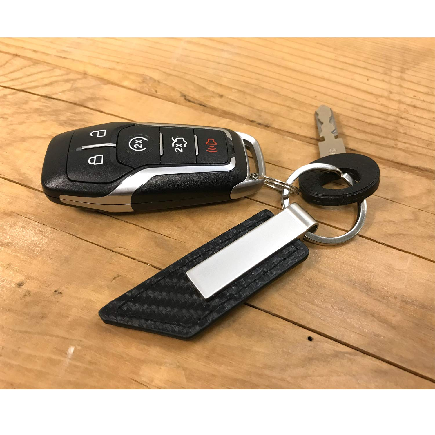 Honda HR-V Honda Carbon Fiber Texture Black Leather Strap Key Chain iPick Image