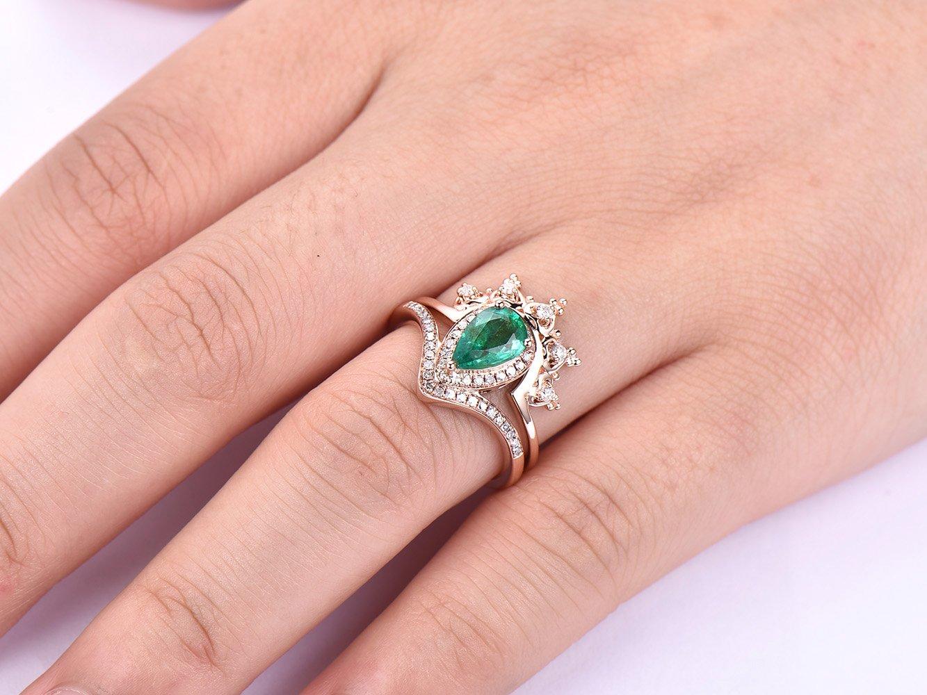 Amazon.com: Pear Emerald Engagement Ring Set Moissanite Band 14K ...