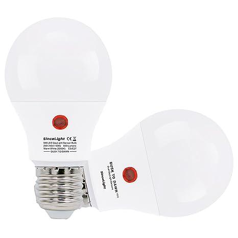 Dusk a Dawn Sensor LED luz bombilla con día/noche Sensor, ON/OFF Automáticamente (9W / Cálido ...