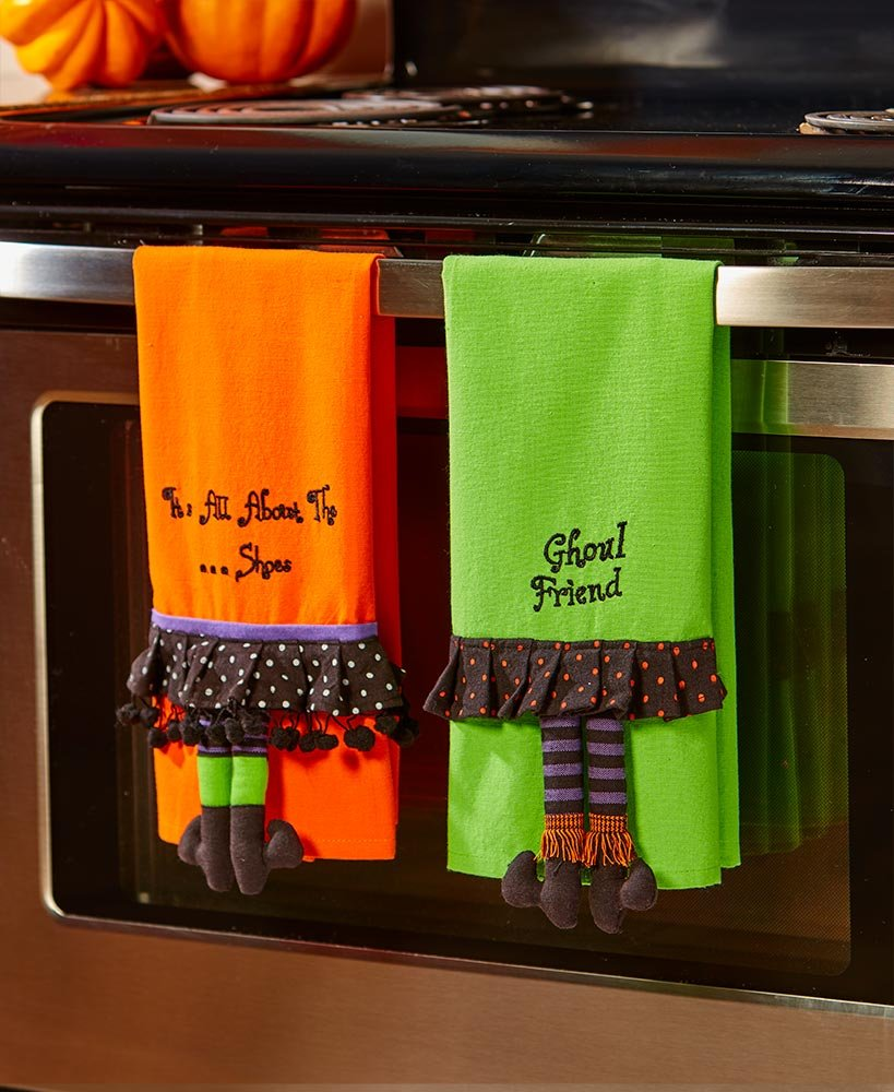 The Lakeside Collection Set of 2 Novelty HalloweenKitchen Towels -