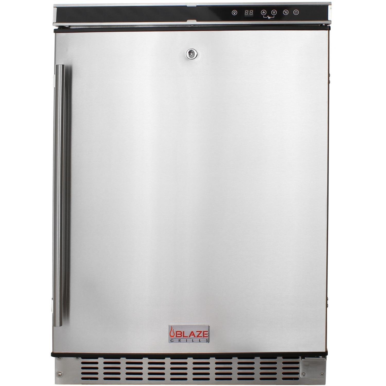 Amazon Com Blaze Blz Ssrf 50d Outdoor Rated Stainless 24 In Refrigerator 5 2 Cu Outdoor Kitchen Refrigerators Kitchen Dining