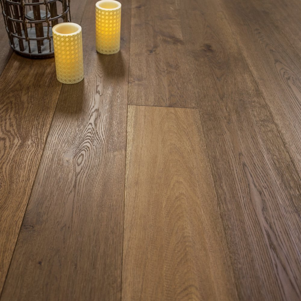 Exceptionnel Wide Plank 7 1/2 X 5/8 European French Oak (Montana) Prefinished Engineered  Wood Flooring Sample At Discount Prices By Hurst Hardwoods     Amazon.com