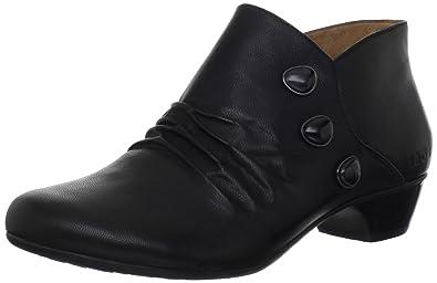 Taos Women's Threestep Ankle Boot,Black,7 ...