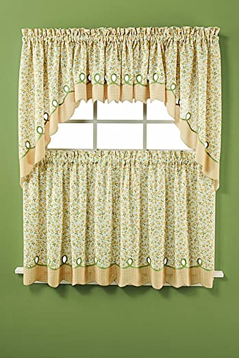 D. Kwitman and Son Sterling Lace 84 Panel Ivory