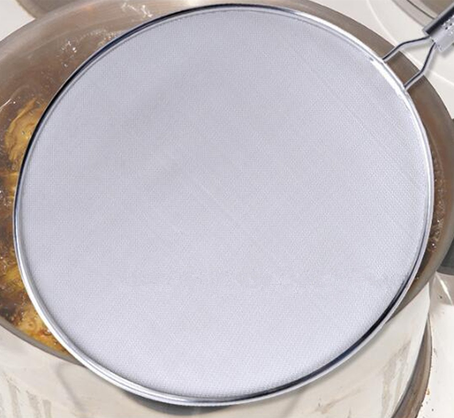 MUKE Splatter Screen for Frying Pan, Premium 13-inch Food Grade Stainless Steel Grease Oil Guard for Safe Cooking, Keeps Stovetop Clean