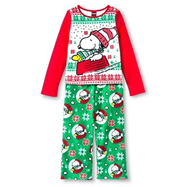 Amazon Com Peanuts Snoopy Woodstock Winter Theme Fleece Pajamas