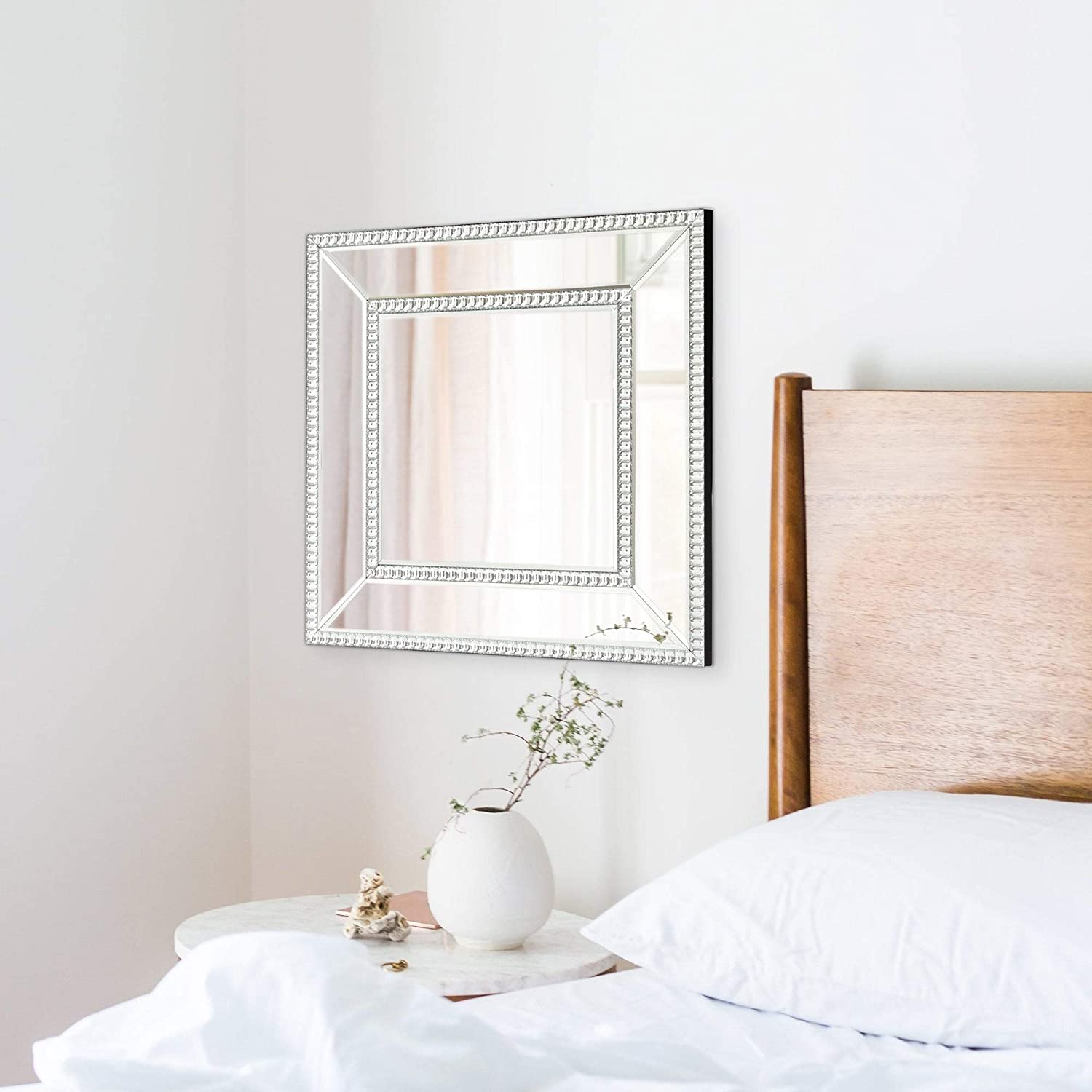 Amazon Com Accent Mirror Silver Glam Modern Contemporary Urban Beveled Glass Hooks Included Home Kitchen