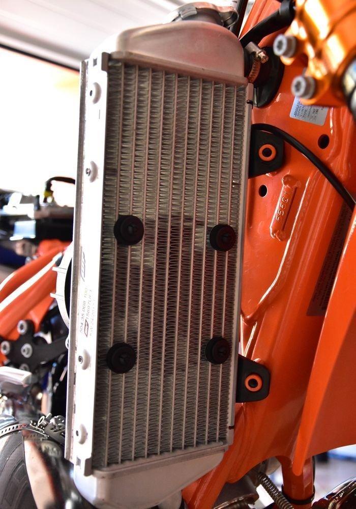 Ventilateur SPAL dorigine avec interrupteur pour tous les enduros 2 et 4 Temps ProRace Ventilateur axial