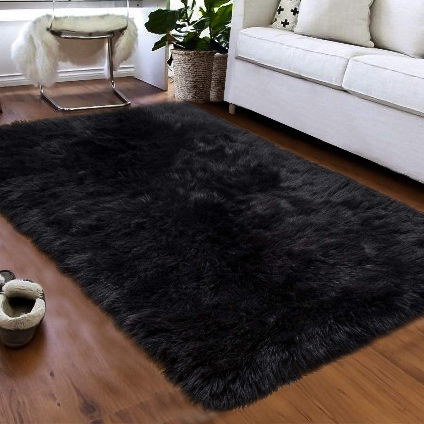 Softlife Fluffy Faux Fur Sheepskin Rugs Luxurious Wool Area Rug for Kids Room Bedroom Bedside Living Room Office Home Decor Carpet ( 3ft x 5ft, Black )