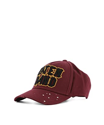 615ce153b1bb4 Dsquared2 Men s W17bc101805cm974 Burgundy Cotton Hat  Amazon.co.uk  Clothing