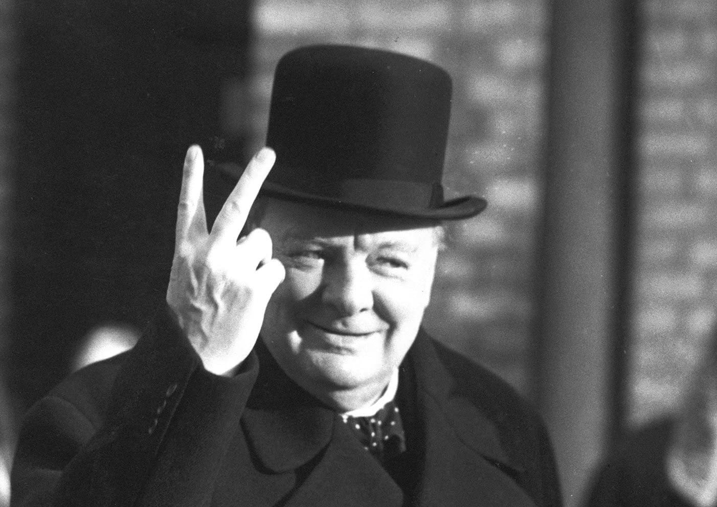 WINSTON CHURCHILL V FOR VICTORY WORLD WAR 2 POSTER (A2(594X420MM)): Amazon.co.uk: Kitchen & Home