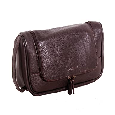 d14704d93e Ashwood Westminster 89145 Brown Leather Hanging Wash Bag  Amazon.co.uk   Clothing