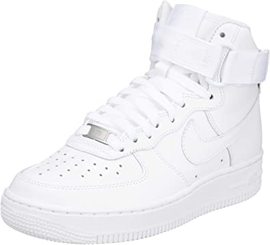 Amazon Com Nike Women S Basketball Shoes White White 105 8 5