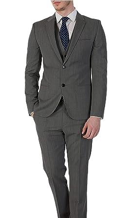 71c4e4dd0 Amazon.com: Hugo Boss Arant/Won/hixby Slim Fit Gray Textured Three ...