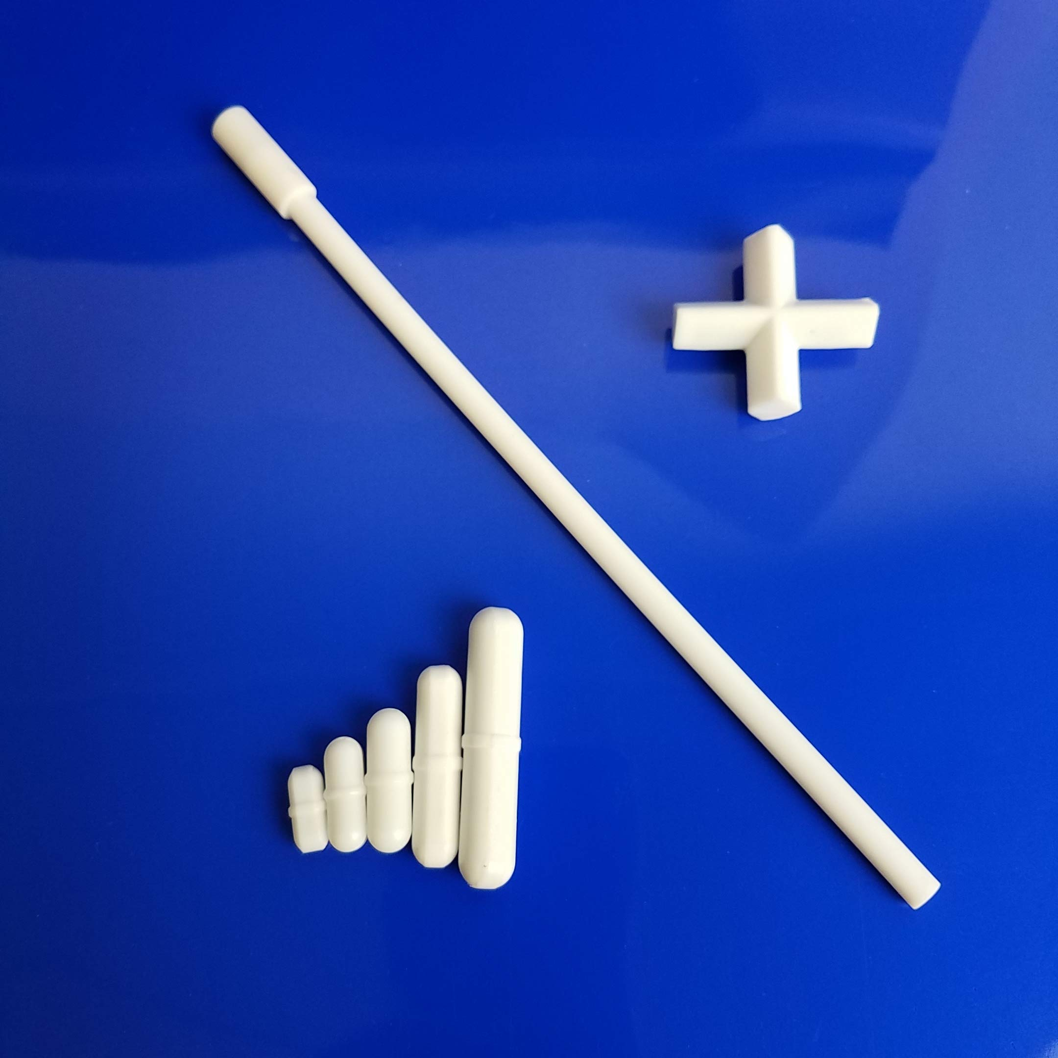 Microyn 7pcs PTFE Stir Bars Set for Magnetic Stirrer Mixer (Five Straight Bars of 15,20,25 35 and 50 mm, One Cross-Shaped Bar of 38 mm, and One Stir Bar Retriever of 200 mm) by Microyn