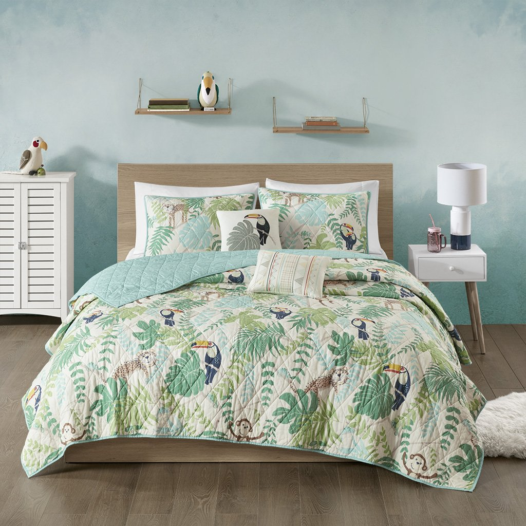 Urban Habitat Kids Tropical Tangle Cotton Printed Coverlet Set Green Twin/Twin XL