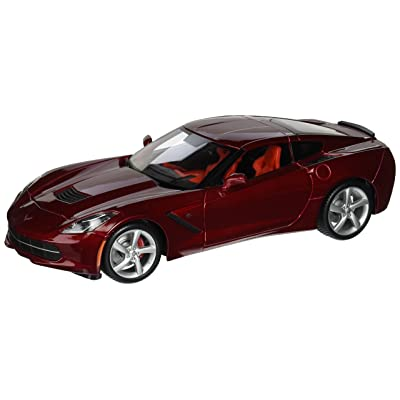 Maisto 2014 Corvette C7 Diecast Model Car in Red 1:18 Scale: Toys & Games