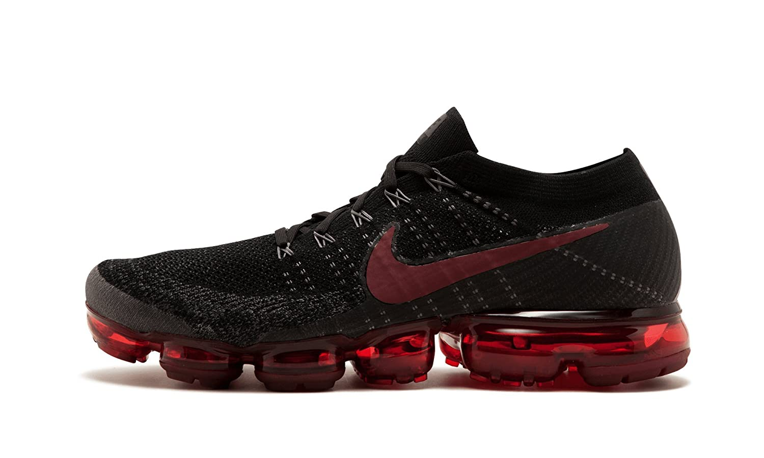 black and red vapor max
