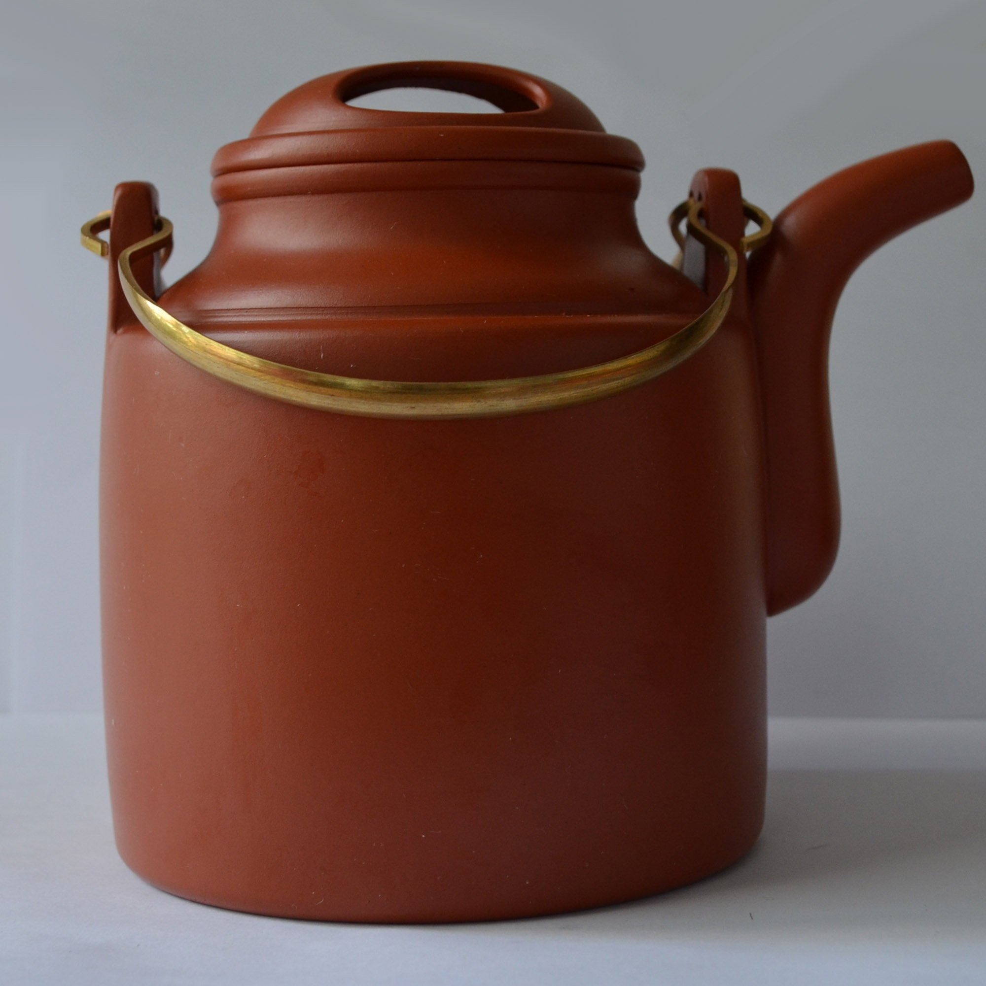 Teapot 22oz/650ml yantong Yixing barrel style Copper girder Zisha Qingshuini tea pots Natural mud, high temperature burn