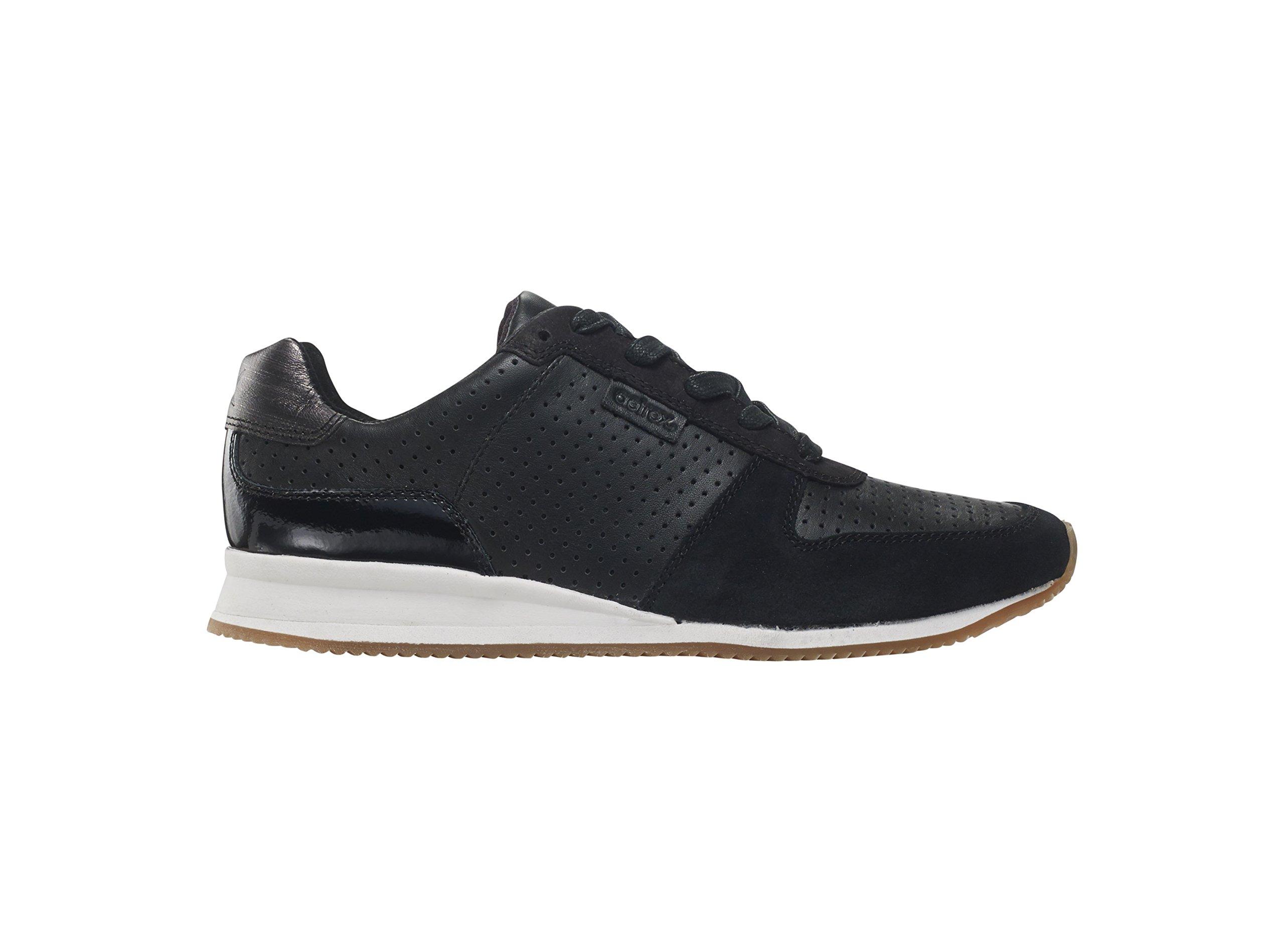 Daphne Sneaker BLK W35