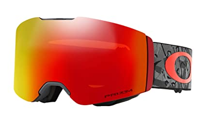 03e04db65b Image Unavailable. Image not available for. Color  Oakley Fall Line Prizm  Snow Goggles Camo Vine Night with Prizm Torch Iridium Lens
