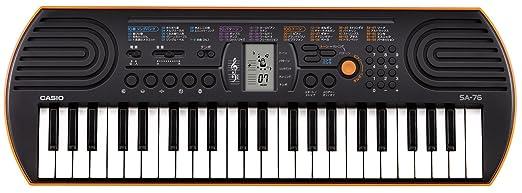 150 opinioni per Casio SA-76 Mini Tastiera, 44 Tasti, Nero/Arancione