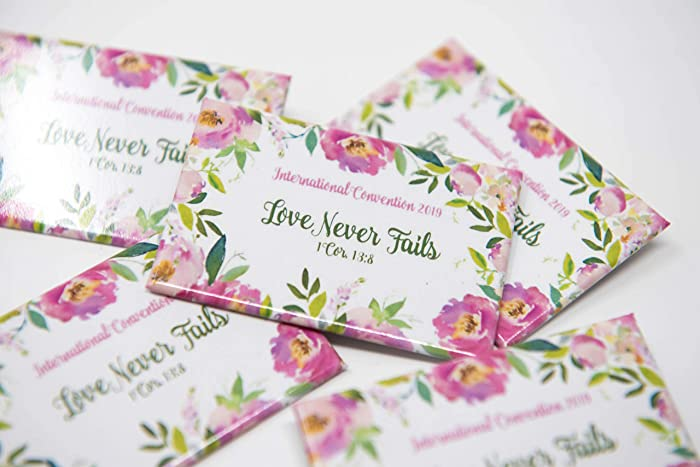 ENGLISH - 50 Lapel Buttons Pins - Love Never Fails International Convention  of Jehovah's Witnesses 2019, Jw gifts, Jw shop, souvenirs, assembly gifts