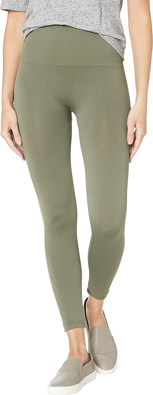 5a30c6694619 SPANX Women's Seamless Camo Leggings: Amazon.ca: Clothing & Accessories