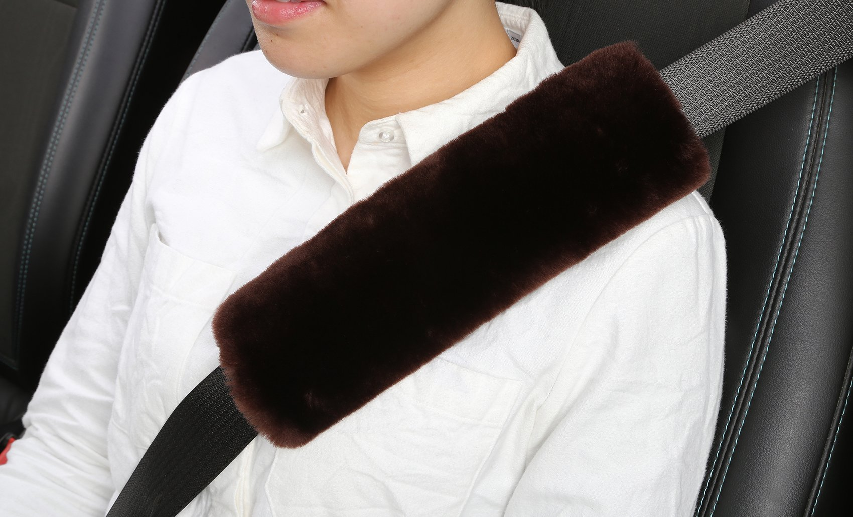 U&M 2pcs Authentic Sheepskin Auto Seat Belt Cover