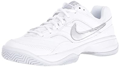 b73cc2baa Nike Women's Court Lite Tennis Shoe, White/Metallic Silver/Medium Grey, 5
