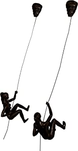 2x Bronze Female Climbers with Rock Nail-Caps Climbing Ladies Duo Wall Hanging Climbing Women Sculptures Rock Climber Girls Ornament Outdoor & Indoor Decor Statue Abseiling