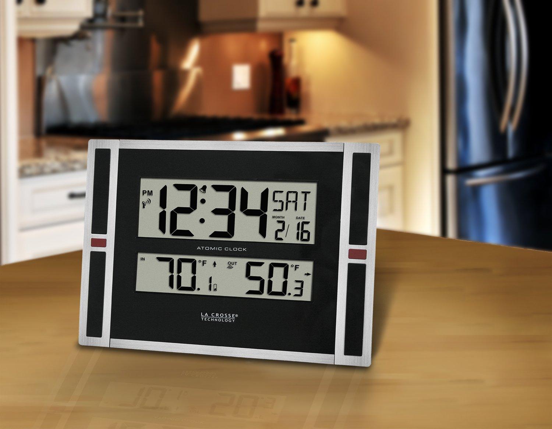 La Crosse Technology Lcrws8117uitc Digital Atomic Wall Clock