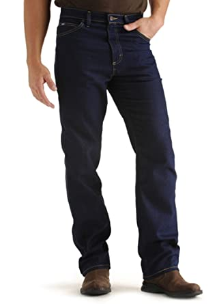 52740ba0b36 LEE Men s Regular Fit Straight Leg Stretch Jean - B T at Amazon Men s  Clothing store