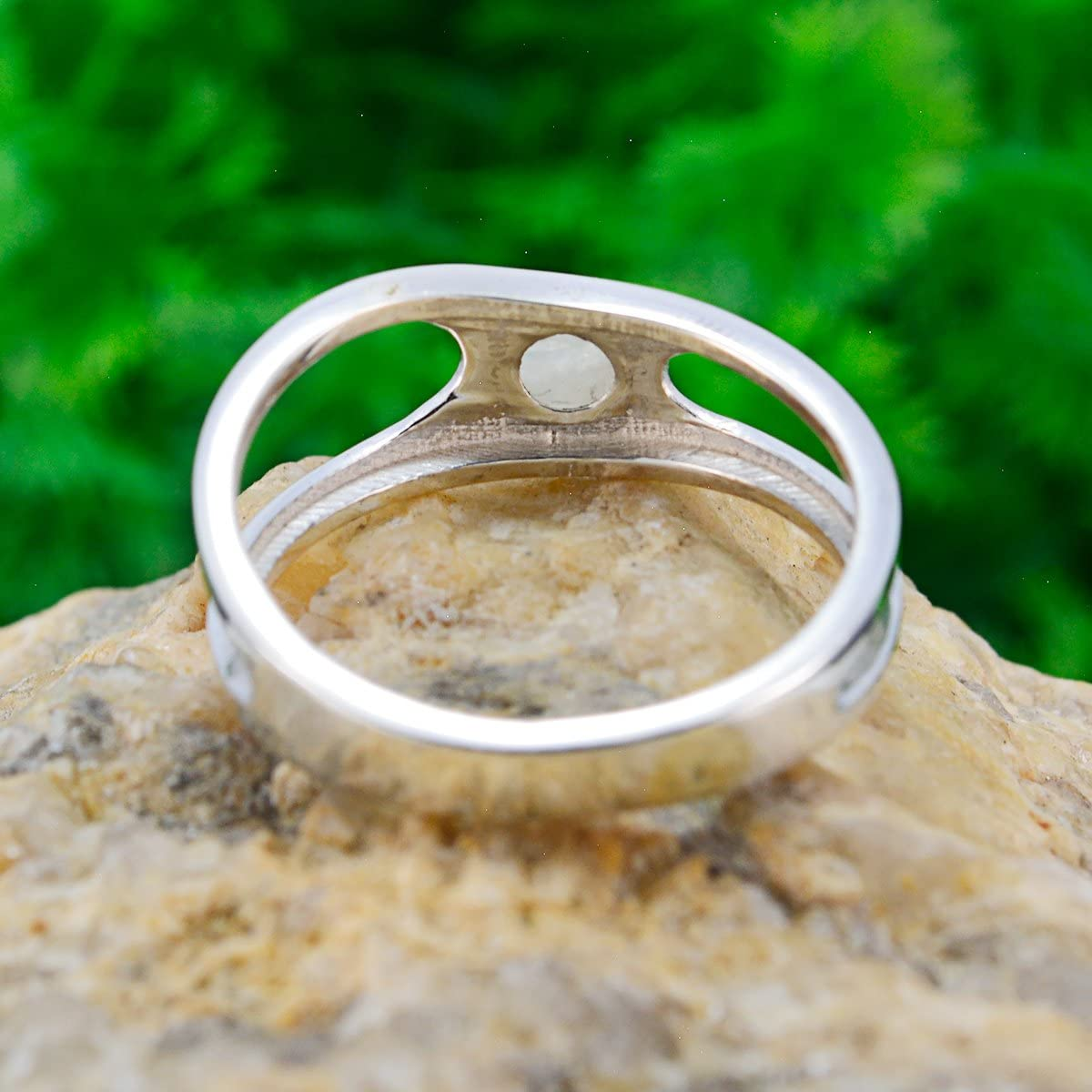 925 Silver White Rainbow Moonstone Natural Gemstone Ring Natural Gemstone Round cabochon Rainbow Moonstone Rings Jewelry Accessories Highest Seller Gift Stacking Ring